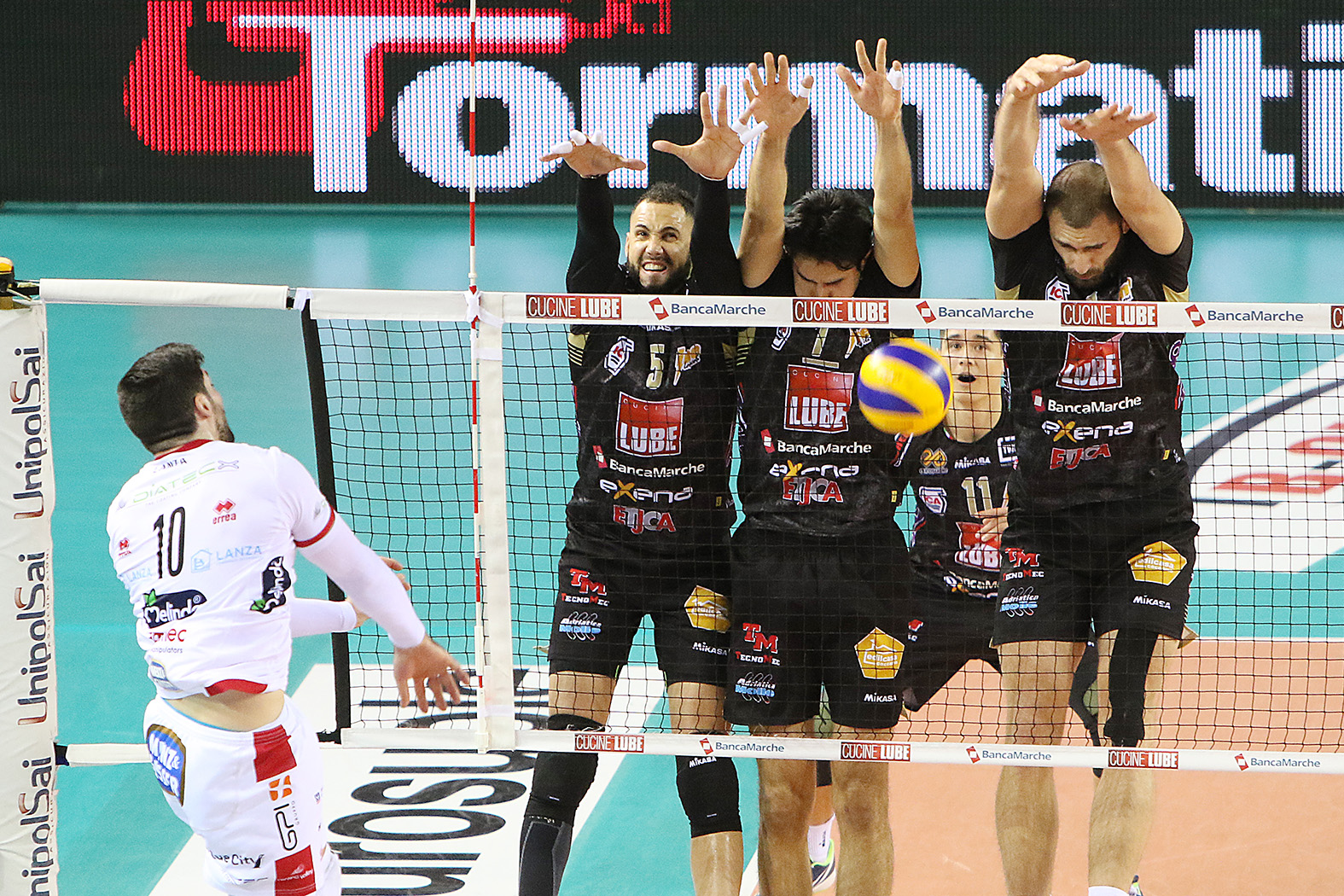 Volley, a Citivanova gara 1 di finale